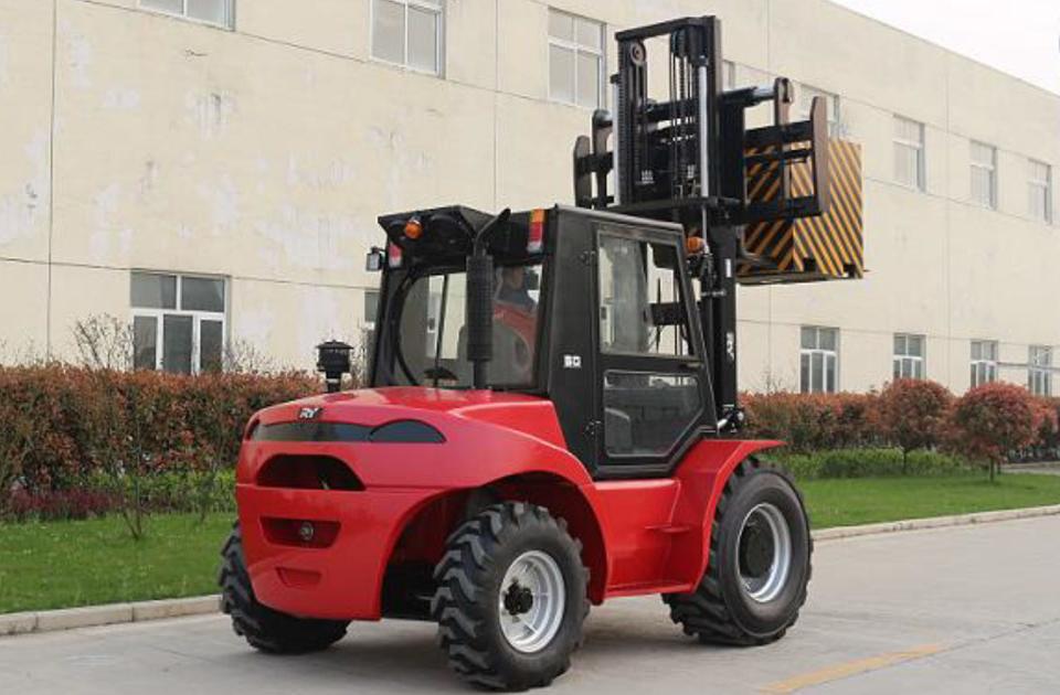 5 Ton Rough Terrain Forklift